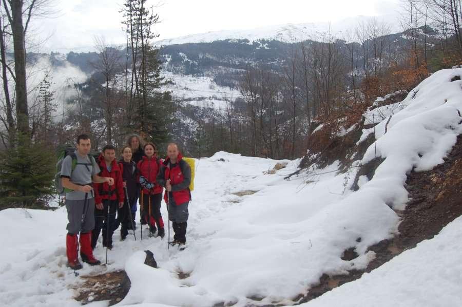 Искачување до долината под Миленков Камен 1