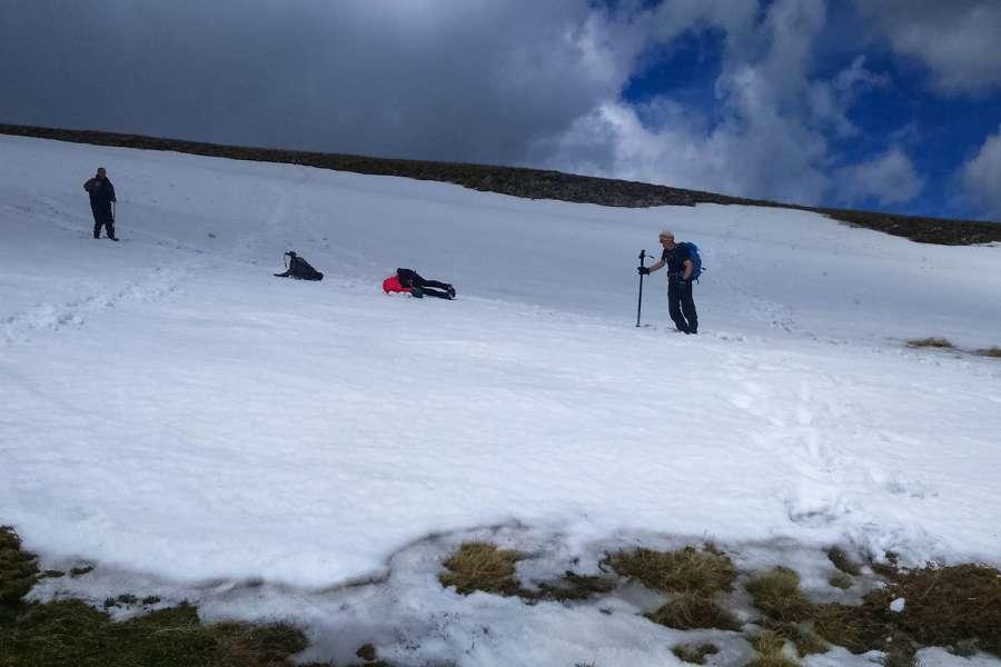 Пролетно искачување на Љуботен 2.499 мнв (03.05.2015) 10