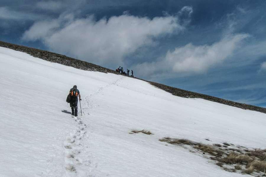 Пролетно искачување на Љуботен 2.499 мнв (03.05.2015) 11