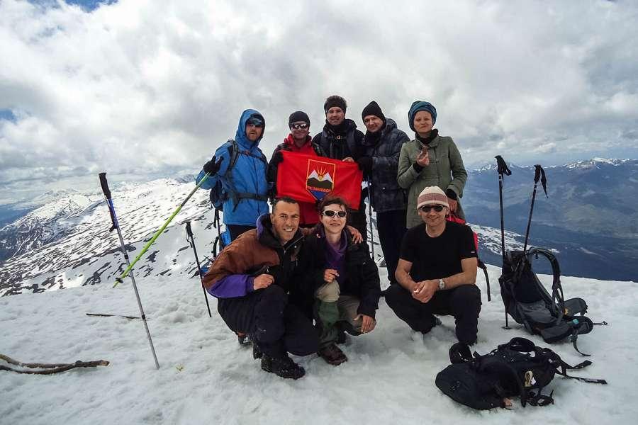 Пролетно искачување на Љуботен 2.499 мнв (03.05.2015) 16